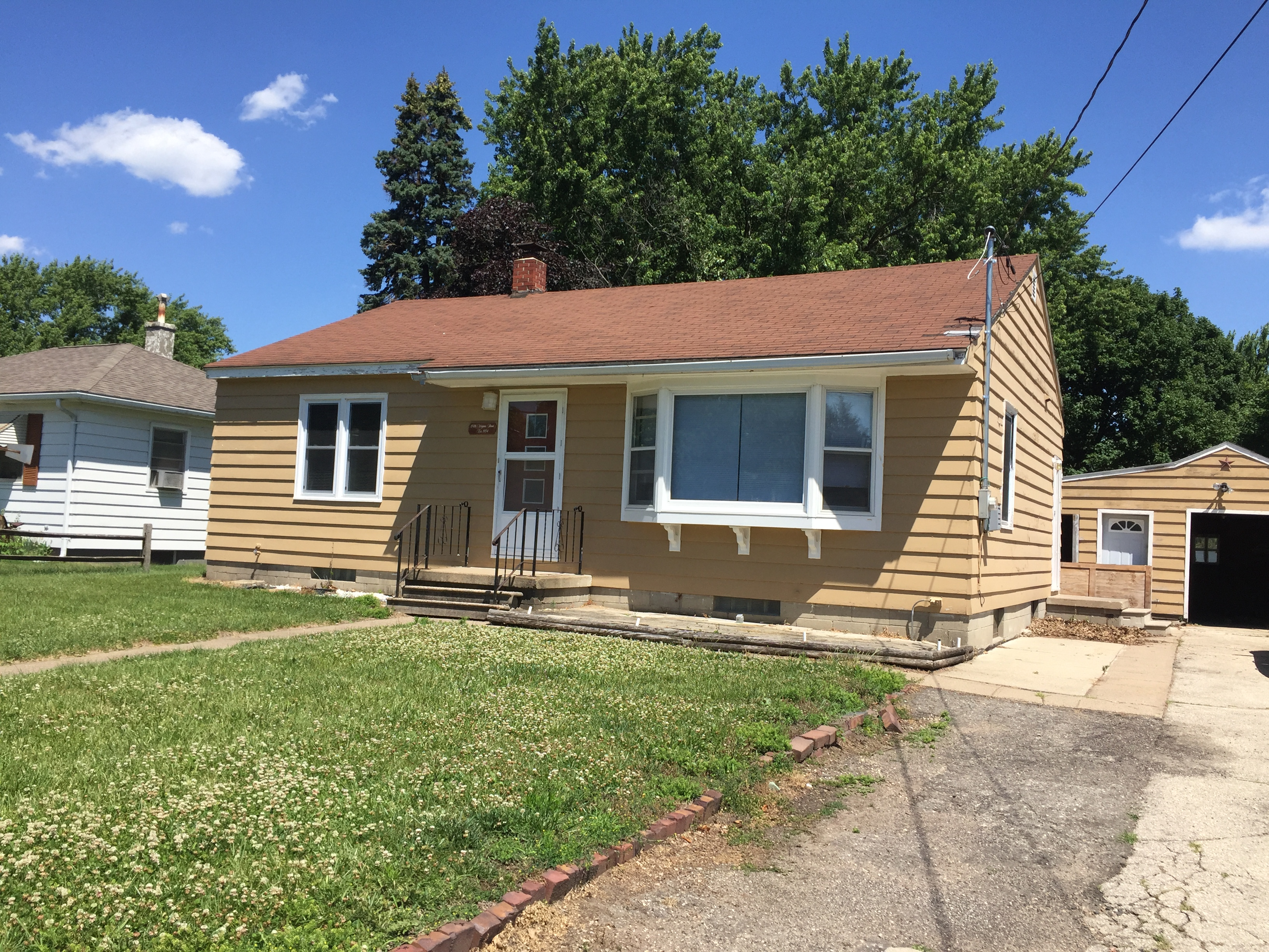 1326 Virginia <br />Waterloo, IA 50703